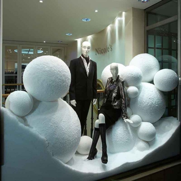 VM - Nicole Farhi - Display Snow 01